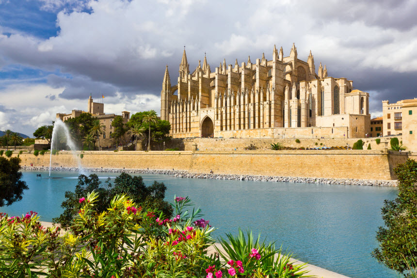 Die Kathedrale Santa Maria in Palma de Mallorca