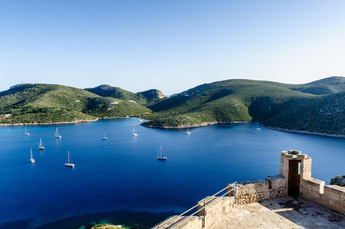Blick von der Festung auf der Balearen-Insel Cabrera
